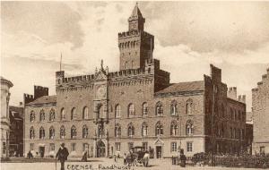 Odense Rådhus har siden 1480 ligget på hjørnet af Vestergade og Flakhaven